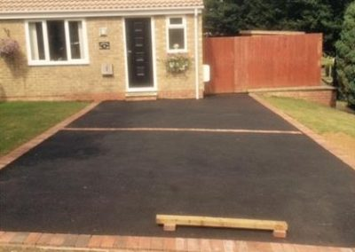 Banbury Roofing and Paving - New Tarmac Driveway